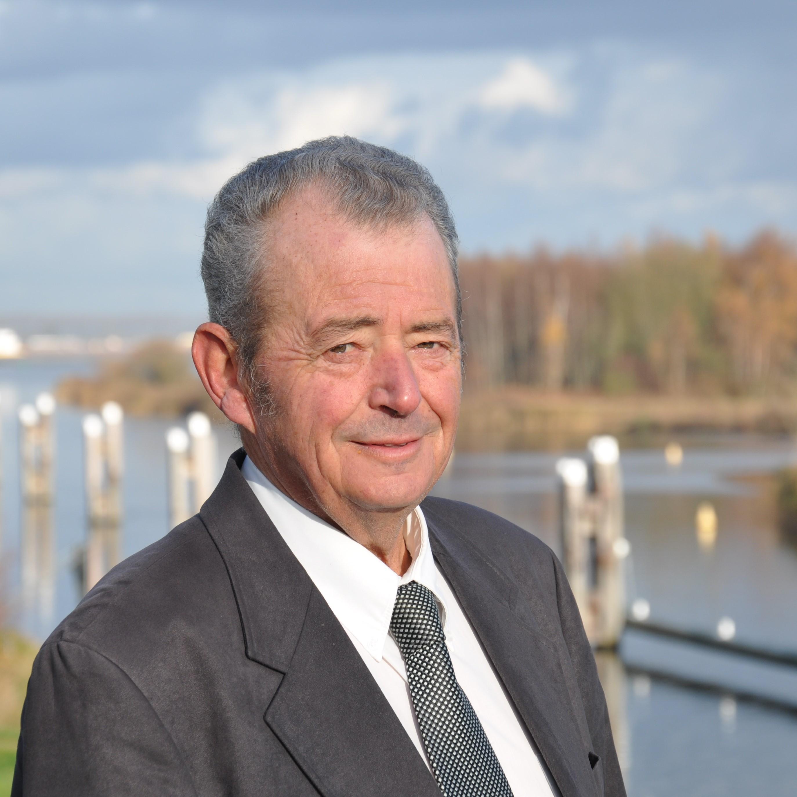 Ad Van Elzakker